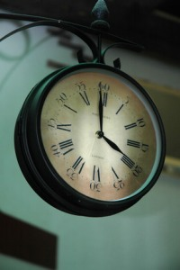 old-clock-1533125