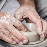 pottery hands-1139098_960_720